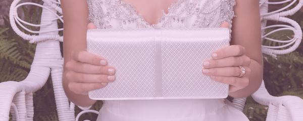 Welche-Tasche-passt-zum-Brautkleid