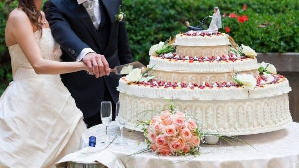 Hochzeitsplanung Die Hochzeitstorte Fur Ihre Traumhochzeit Braut