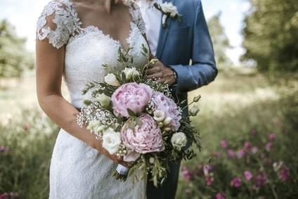 Hochzeit-im-Fr-hlung