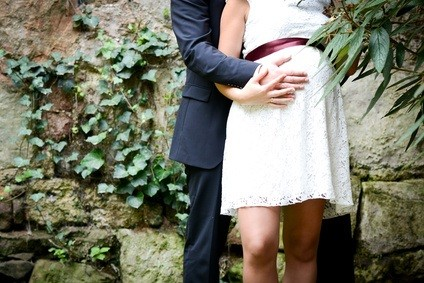 Hochzeitskleid-Babybauch